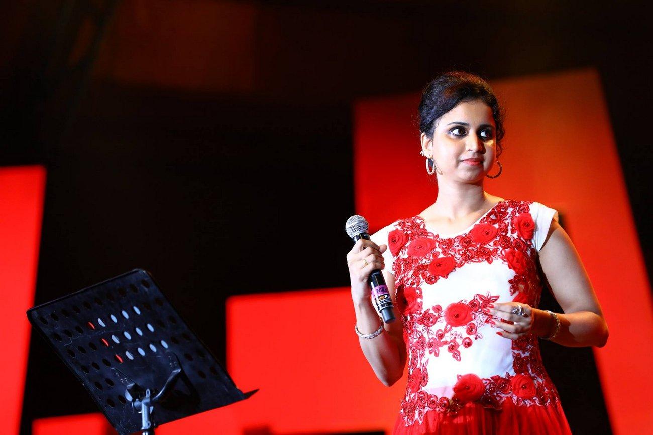 mridula warrier at kerala state film awards 2017 photos  106