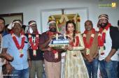 trisha at 96 tamil movie pooja photos 110 005