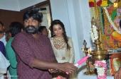 trisha at 96 tamil movie pooja stills 336 001