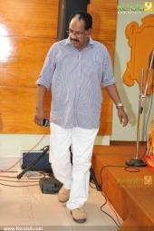 kollam thulasi at aattukalammaykku mangalaarathy audio cd launch pics 002