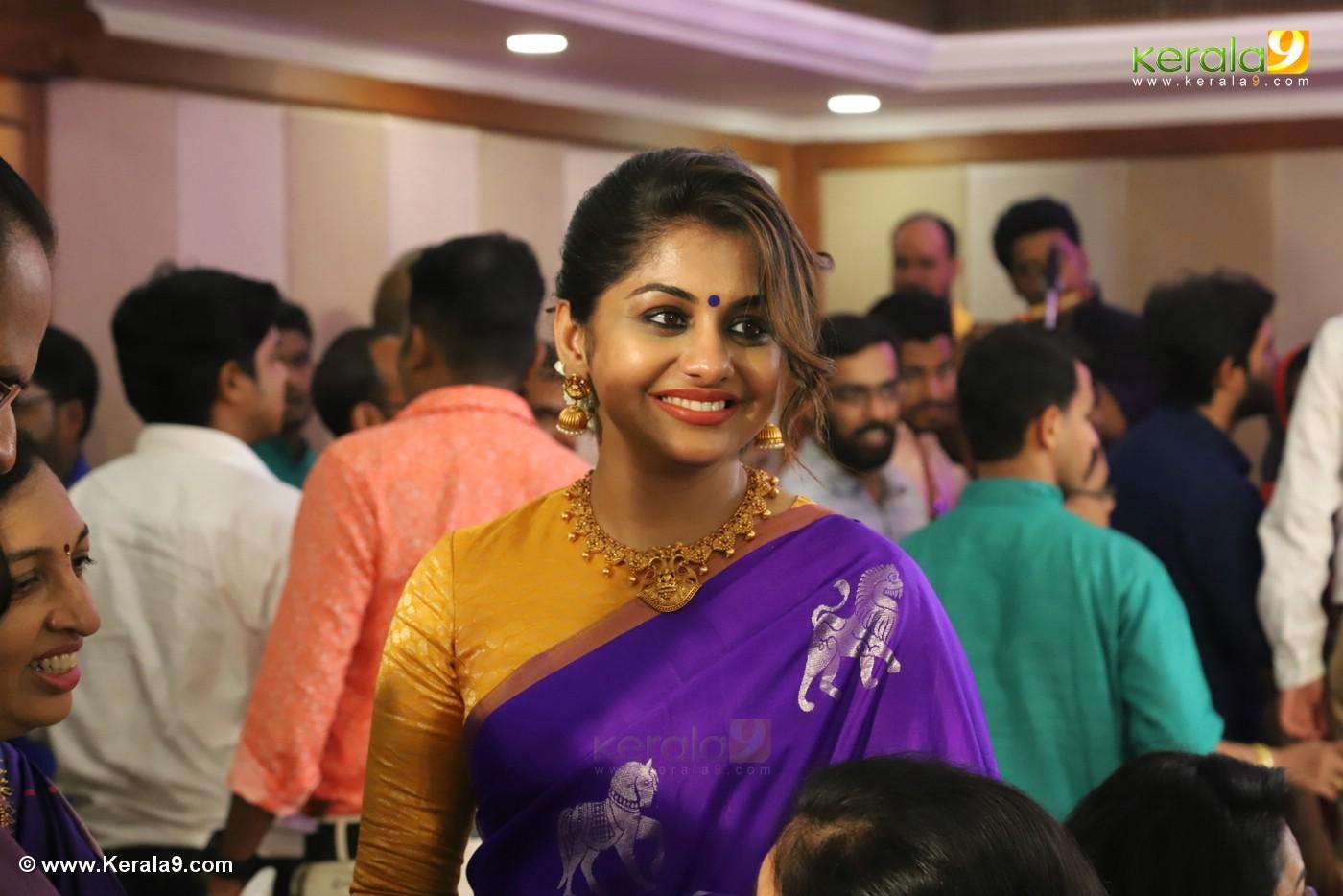 meera nandan at sreejith vijay marriage photos 10