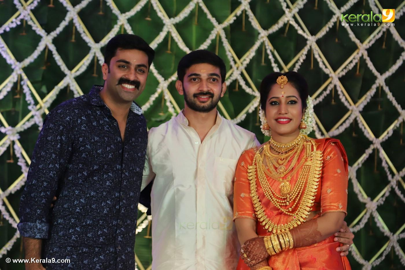 sreejith vijay marriage photos 149