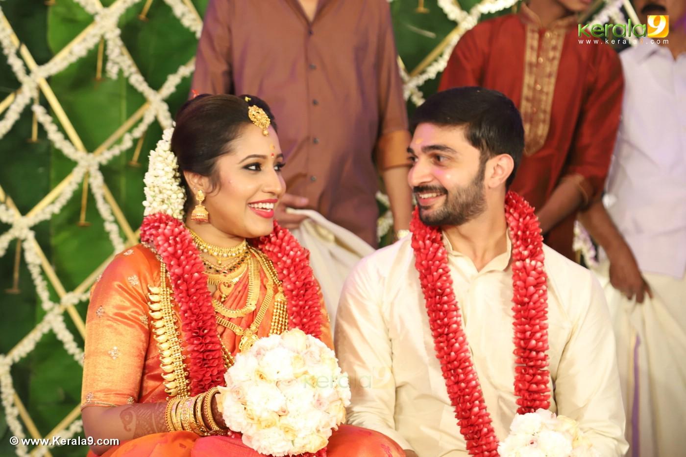 sreejith vijay marriage photos 70