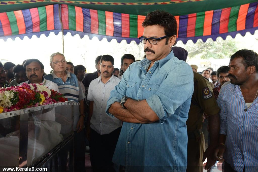 Actor uday kiran death photos 00282 - Kerala9.com Uday Kiran Death Date