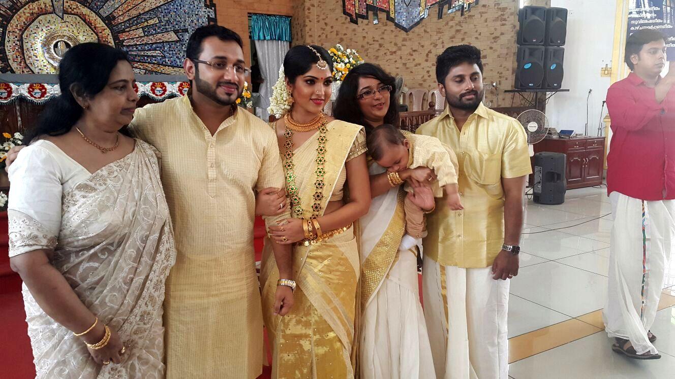 muktha engagement wedding photos021 kerala9com