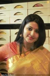 actress sneha iat kancheepuram vrk silks inauguration pictures 105 003