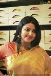actress sneha iat kancheepuram vrk silks inauguration pictures 105 004