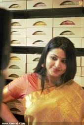 actress sneha iat kancheepuram vrk silks inauguration pictures 105 005