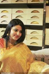 actress sneha iat kancheepuram vrk silks inauguration pictures 105 006