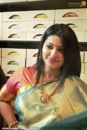 actress sneha iat kancheepuram vrk silks inauguration pictures 105 008
