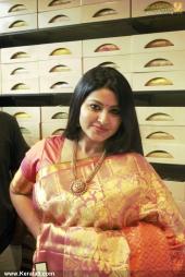actress sneha in kancheepuram vrk silks inauguration photos 011 039