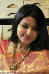 actress sneha in kancheepuram vrk silks inauguration photos 011 042