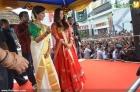 7955aishwarya rai and manju warrier at kalyan jewellers inauguration photos 55 0