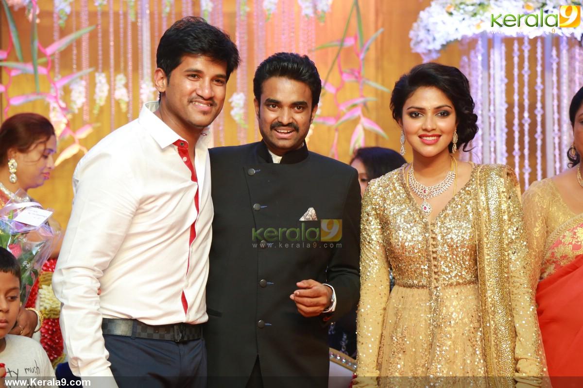 amala paul director vijay marriage reception photos 00213