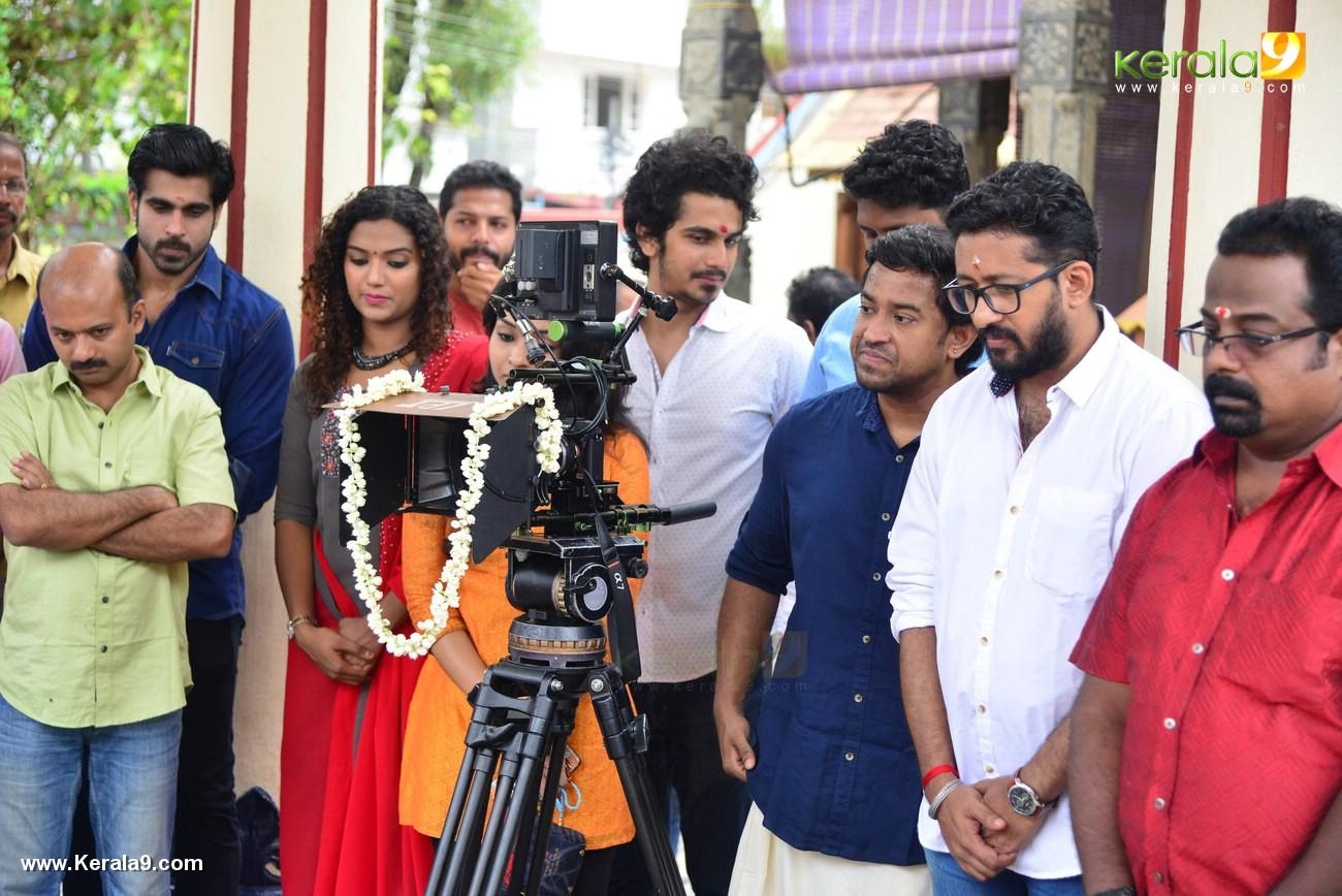 ankarajyathe jimmanmar malayalam movie pooja pics 222 010