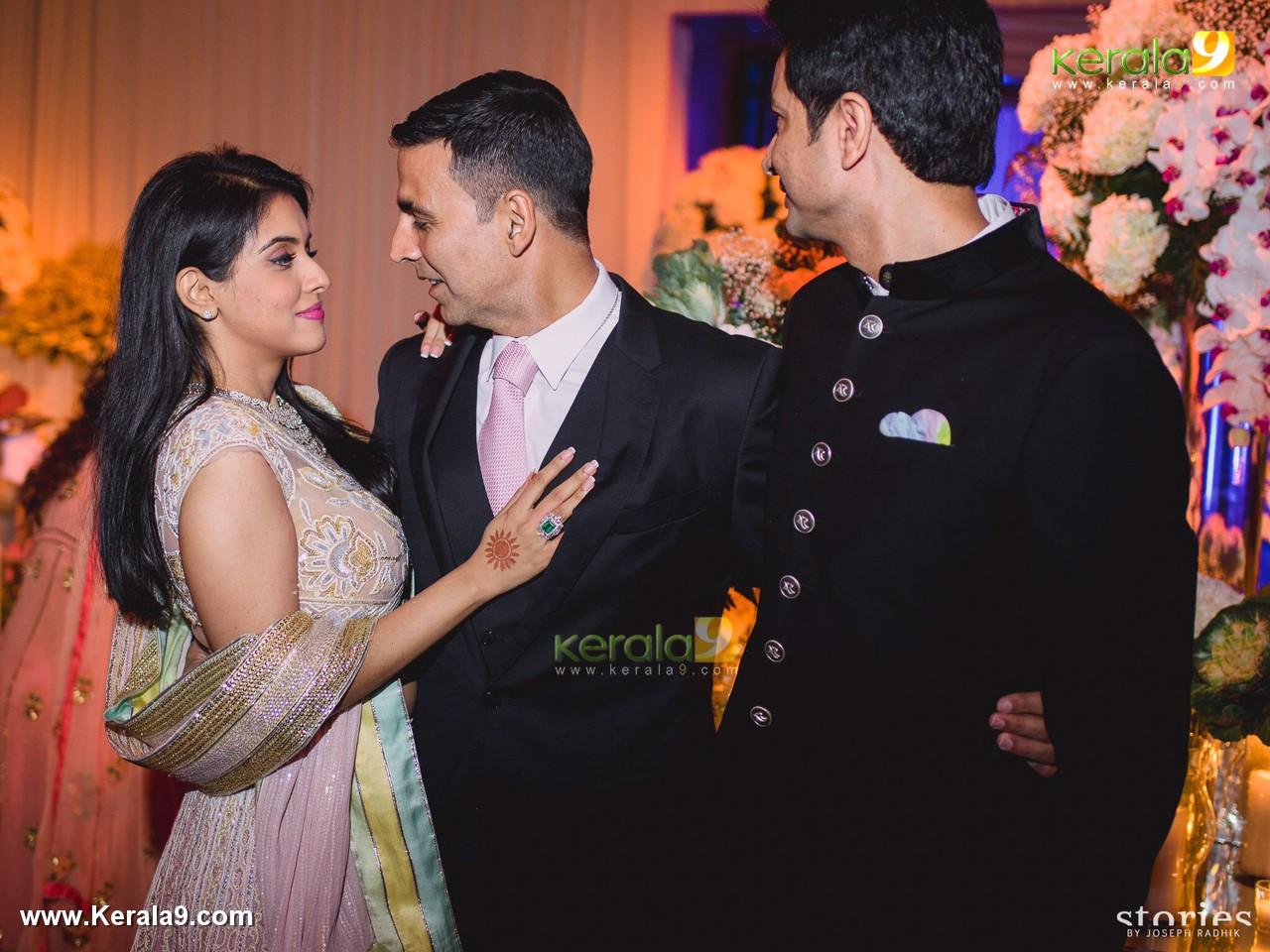 Actor asin wedding