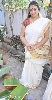 tv actress at attukal pongala 2016 photos 0039 002
