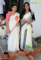 tv actress at attukal pongala 2017 pictures 520 003