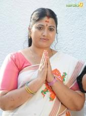 tv actress at attukal pongala 2017 pictures 520 00