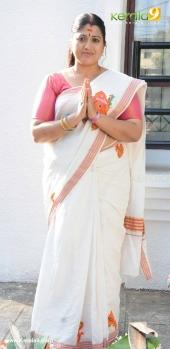 tv actress at attukal pongala 2017 pictures 520 014