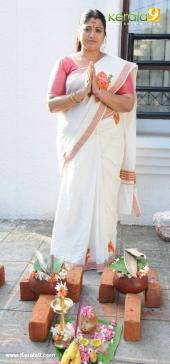 tv actress at attukal pongala 2017 pictures 520 015