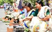 malayalam actress at attukal pongala 2019 photos 30