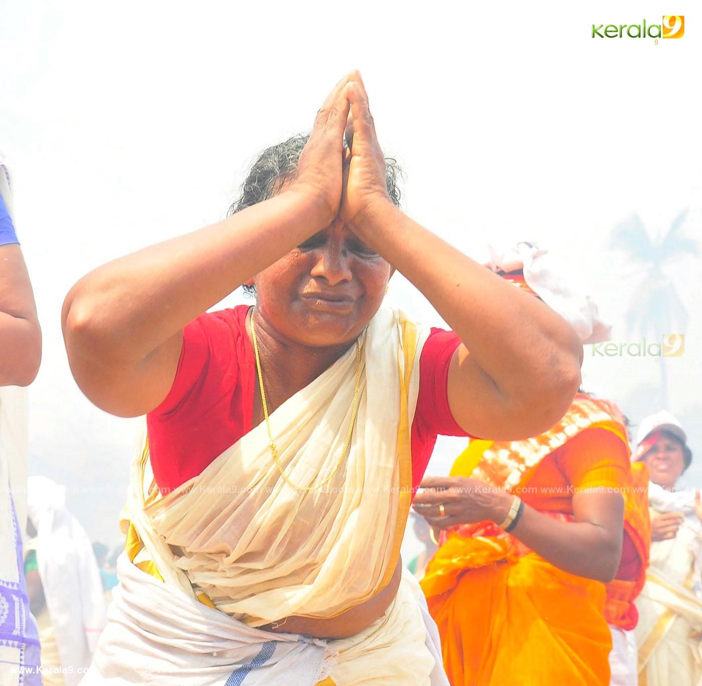 womens at attukal pongala 2019 photos 21 (2)