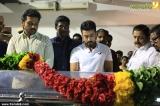 surya at balu mahendra funeral photos 005
