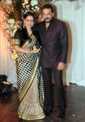 bipasha wedding reception photos and pics 093943 017