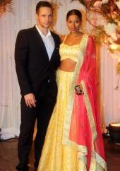 bipasha wedding reception photos and pics 093943 024