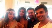 bipasha wedding reception photos and pics 093943