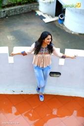 mia at bobby malayalam movie promotion photos 123 034