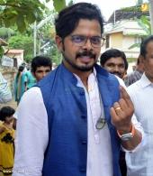 sreesanth at kerala election 2016 photos 098 059
