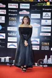 sayyeshaa at siima awards 2016 singapore photos 092 013