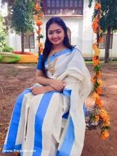 actress onam celebration photos 2017 002