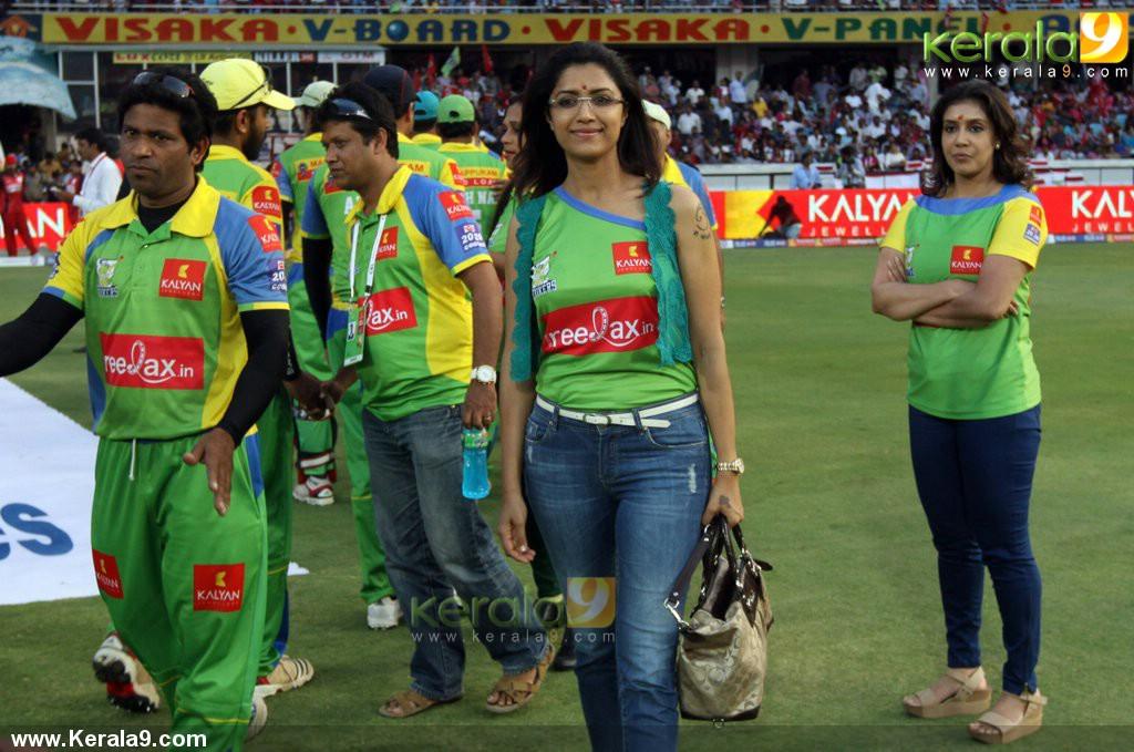 Celebrity Cricket League 4 | CCL 4 | Chennai Rhinos Kerala ...