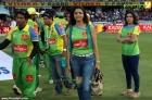 7279celebrity cricket league 2013 kerala strikers photos 66 0