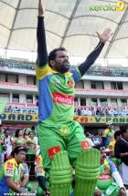 8606celebrity cricket league 2013 kerala strikers photos 66 0