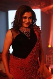 remya krishnan at chennai fashion premier week exhibition 2016 photos 0939 001