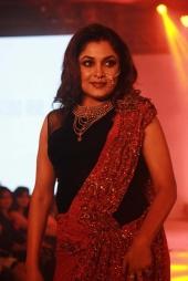 remya krishnan at chennai fashion premier week exhibition 2016 photos 0939 002