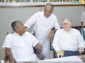 p sathasivam at chief minister pinarayi vijayan iftar party photos 180 001