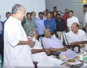 chief minister pinarayi vijayan iftar party photos 100 019