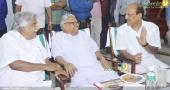 chief minister pinarayi vijayan iftar party photos 100 02