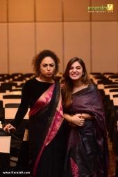 nazriya nazim at cinematographer anend wedding reception photos 02