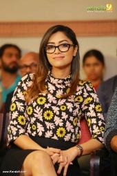 mamtha mohandas at crossroad malayalam movie launch photos 111 01
