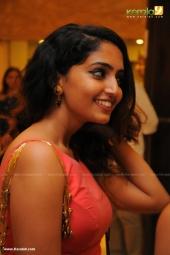celebrities at  dhyan sreenivasan reception in photos 360