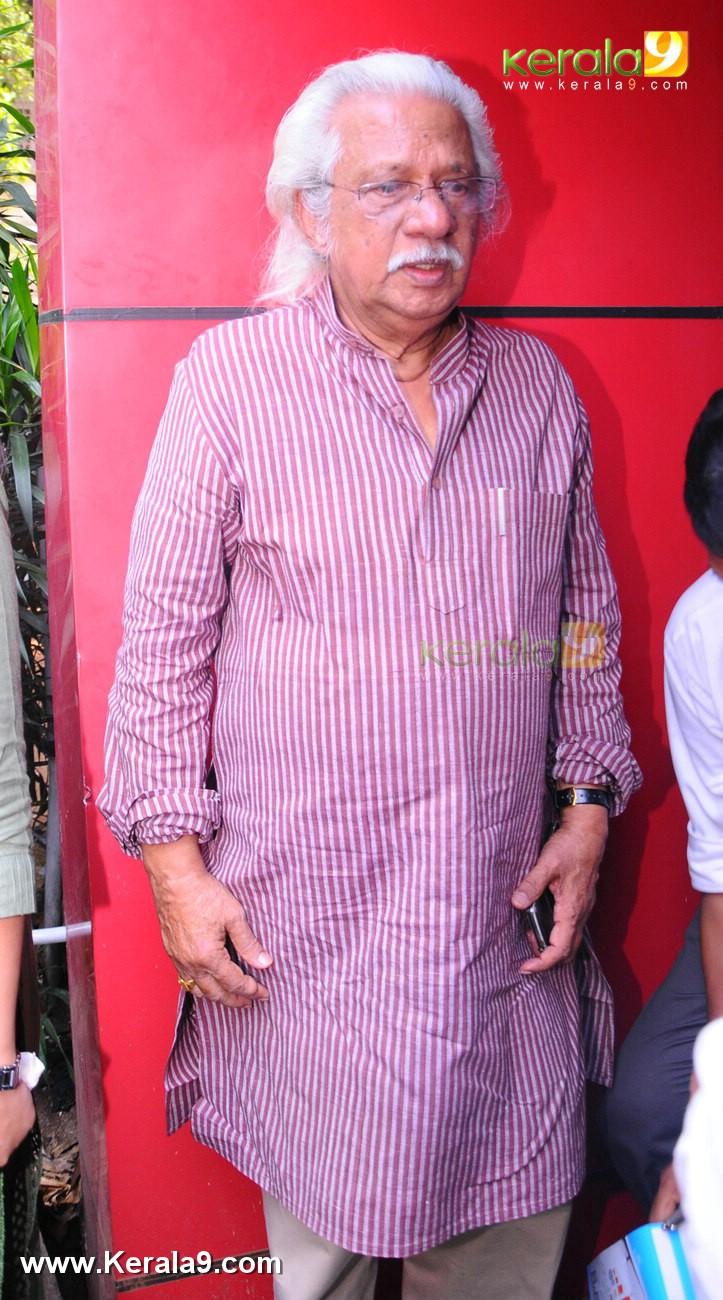 dileep kavya madhavan movie pinneyum announcement photos 029 019