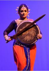 kavya madhavan at dileep show 2017 photos 005 00