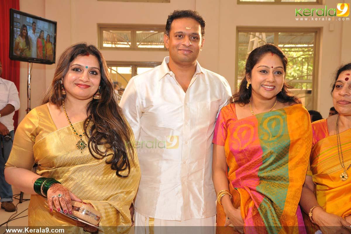 Suchitra Murali: ˜�Masturbate On Mallu Girls...۞~~~ ˜�★ 80 Million Views