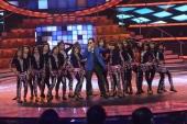 mika singh performing at fbb femina miss india 2014 photo